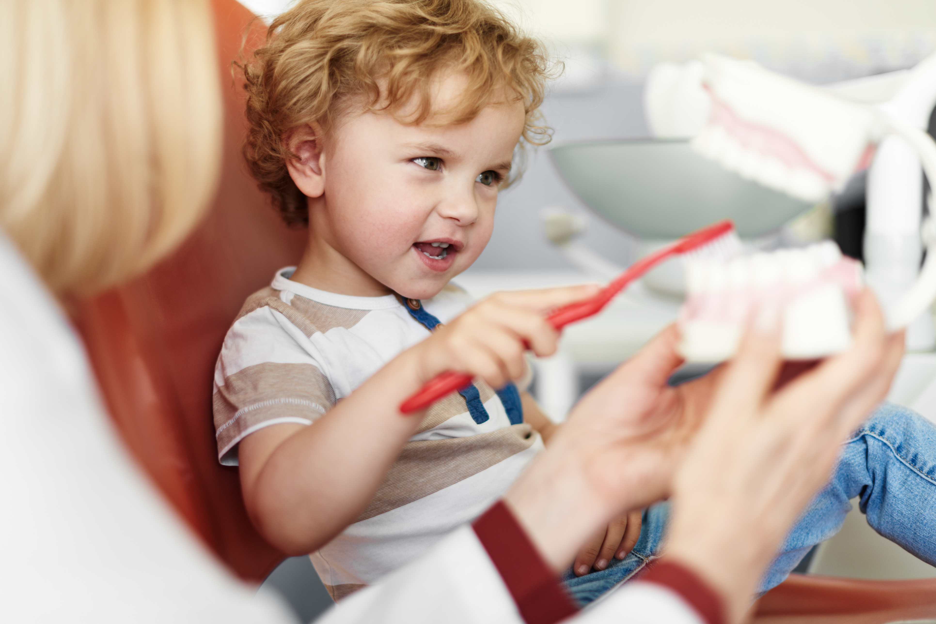 teaching child to taking care of teeth